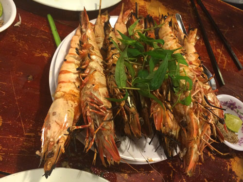 vietnam grilled prawns, seafood, delicious food from the ocean